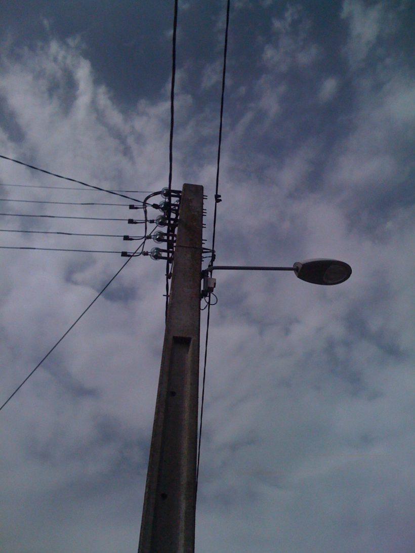 Lampadaire SPDC et cables